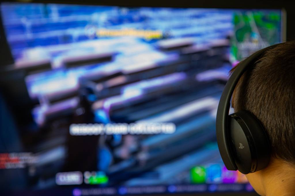Пристрастяване към видеоигри